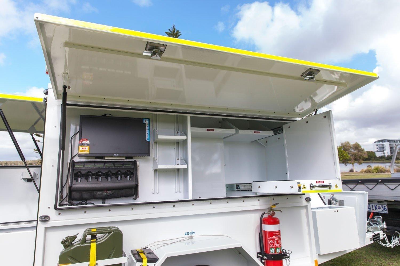 quikspray-custom-trailer-command-centre